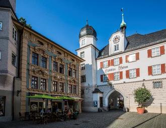 (c)Chiemsee Alpenland Tourismus / Rosenheim_Mittertor