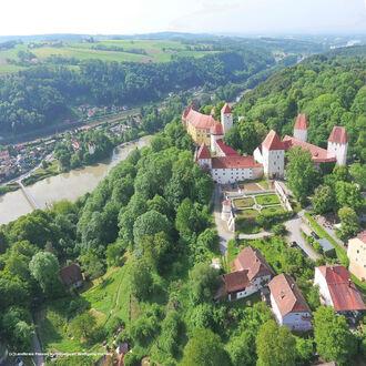 SchlossNeuburgamInn  LandkreisPassauKulturreferatWolfgangHartwig